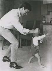 Bruce Lee (1966) (MsBlueSky) Tags: bw celebrity toddler infant father icon 1966 actor 1960s asianamerican brucelee martialartsstar