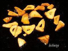 rape ajada a la gallega-ajos fritos