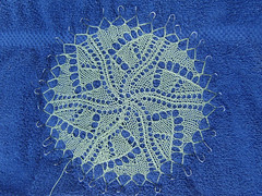 Graphica Doily - Blocking
