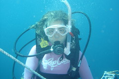 Female Diver in Straddie (CAUT) Tags: ocean sea female island mar mujer underwater australia scuba diving qld queensland diver 2009 buceo straddie tauchen stradbrokeisland northstradbrokeisland northstradbroke buceador femalediver buceadora