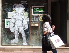 La belle et la bte (letoone) Tags: street art collage noir sur et blanc let affiche chalon sone