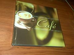 El libro esta bien mono y tiene información vital para un cafeinomano como yo =D