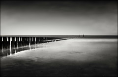 Into The Dark (Joel Tjintjelaar) Tags: longexposure blackandwhite bw blackwhite noordzee zeeland hamburgers burning northsea underexposed underexpose domburg uwa dodging f32 dodgeandburn dodgingandburning blackwhitelandscape uwalens silverefexpro tamron1024 bwnd110filter tamron1024mm spaf1024mmf3545diiildaspherical paintingtheimage
