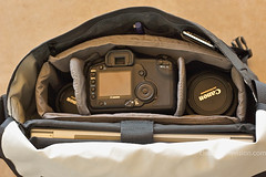 New rig - inside (wycombiensian) Tags: camera classic apple bag designs medium messenger dslr timbuk2 waterfield macbookpro
