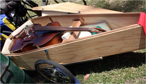 mobile cello by Frog Stomp.