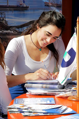 Isabel Rojas  Jennifer Connelly? (JuanLeonel) Tags: jennifer antofagasta connelly jenniferconnelly promotoras promotor exponor canon40d exponor2009