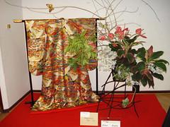 Arrangement_by_Mrs._Hisae_Isoda,_Sogetsu_School