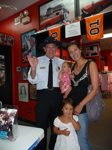 us with cletus hogg from dukes of hazzard.