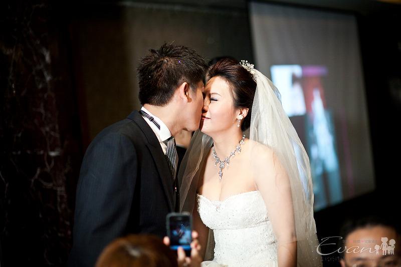 [婚禮紀錄]輝宏&欣怡婚禮攝影午宴_121