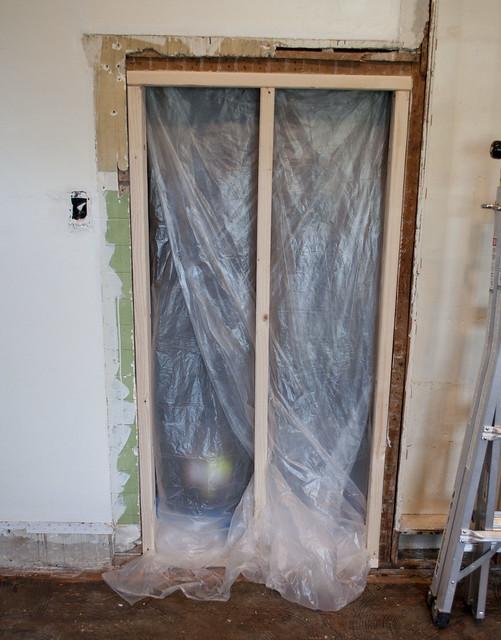 bungalow.kit.closet.1181