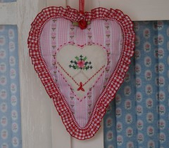 sweet heart (dutch blue) Tags: heart embroidery valentine