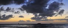Waikiki beach sunset (4) (AAron Metcalfe) Tags: sunset oahu honolulu waikikibeach