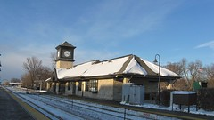 Wintertime at the highland Park commuter rail station. Highland Park Illinois. January 2009.
