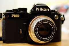 Nikon FM2n with adapter and Kodak Retina 90mm f/4 Tele-Arton (Tessar.) Tags: nikon kodak mount adapter 90mm f4 deckel schneider retina kreuznach fm2n telearton