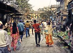Street Scene - IN-9697-3-032 ep (Eric.Parker) Tags: street india market 1996 1997 kolkata sari bengal calcutta westbengal