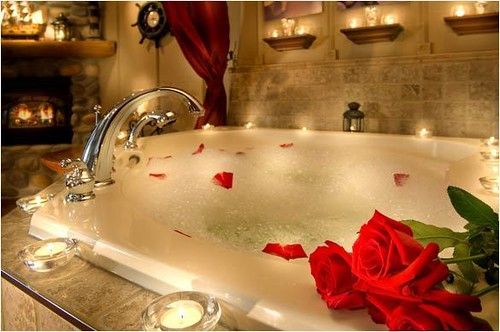 Romantic Bathroom Decorating