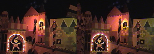 3D  Pinocchio  Jiminy Cricket  Italy   it s a small world   Fantasyland  Disneyland   Anaheim  California  2009 02 06 19 39