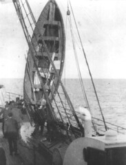 Titanic (jfsartes) Tags: rescue real boats boat sink 1912 wreck sinking resgate destroos naufrgio afundamento