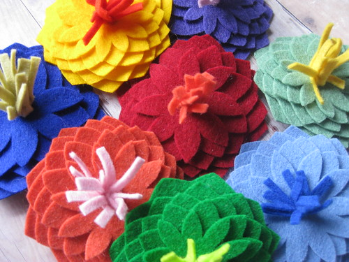 3d flower brooches