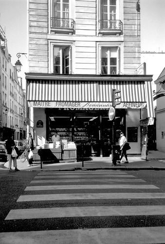 Marais crosswalk and fromagerie, Paris