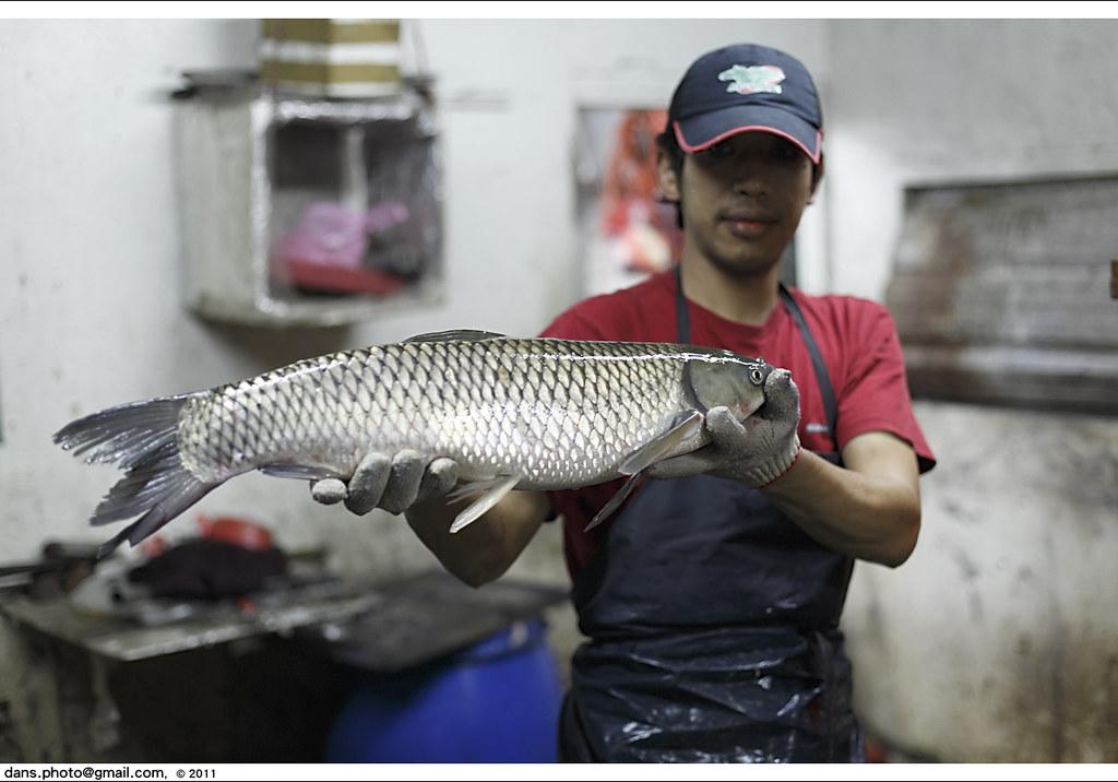 eat famous fish dish in a Shihmen restaurant ??????