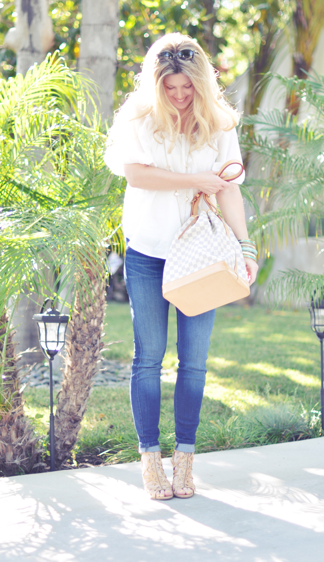 louis  vuitton azur  noe  bucket bag + rich and skinny jeans + nude heels