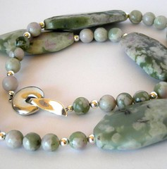 soft greens and creamy pinks in nevada stone