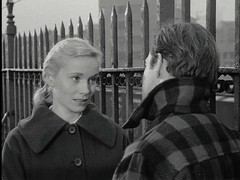 Eva Marie Saint & Marlon Brando in On the Waterfront (barrynow2008) Tags: winners academyawards marlonbrando evamariesaint karlmalden rodsteiger onthewaterfront oscarawards bestsupportingactress actressinasupportingrole