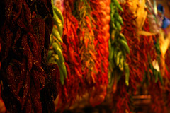 Prebes a La Boqueria (Carlos Galan Cladera) Tags: barcelona colors nikond70s colores catalunya boqueria rambles pimientos cgcladera prebes