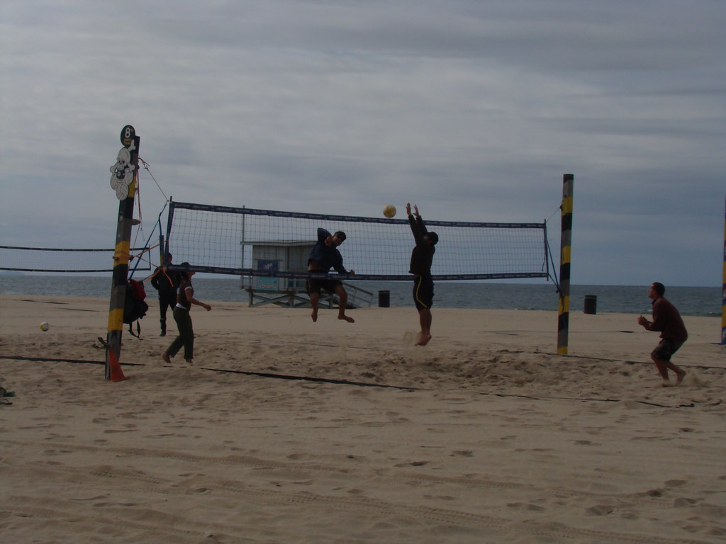 Sand Volleyball on Hermosa Beach 2