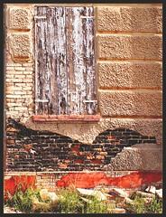 The Stone Bird (Andrea Guandalini) Tags: old red muro bird abandoned window strange wall poetry searchthebest bricks rosso soe vecchio uccello mattoni abbandono rurale supershot posia rurla shieldofexcellence platinumphoto goldstaraward
