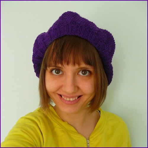 Sophie hat in purple