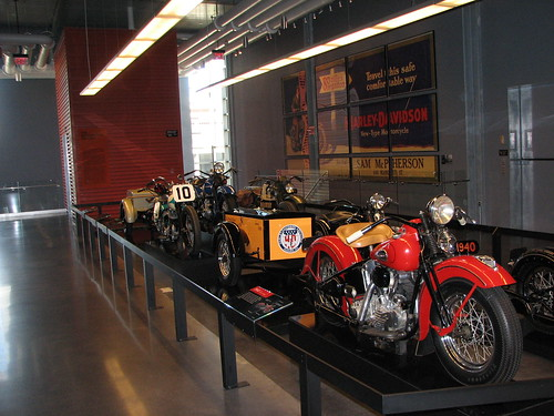 Harley Davidson Museum (Milwaukee) 009 (16-Apr)