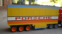 Team Porsche Trailer Unloading