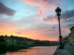 Sunset in Florence (diegofornero (destino2003)) Tags: sunset italy cloud florence interestingness italia tramonto nuvole day cloudy myfav tuscany firenze arno toscana lungarno vecchia zecca lungofiume abigfave p1f1 saariysqualitypictures bestcapturesaoi elitegalleryaoi mygearandmediamond mygearandmeplatinium flickrawardgallery medalshotssilver medalshotsgold destino2003 4timesasnice 5timesasnice diegofornero