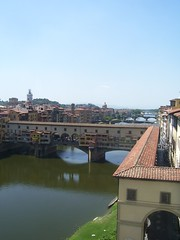 Ponte Vecchio (iainthekid) Tags: bridge blue sky italy water sunshine skyline museum architecture river boat florence bluesky tuscany firenze uffizi arno pontevecchio riverarno uffizimuseum