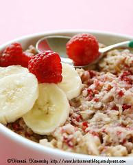 Raspberry and Almond Oatmeal (Bitter-Sweet-) Tags: food breakfast vegan sweet almond banana oatmeal raspberries