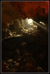 Halong Bay Caves (earthmagnified) Tags: asia southeastasia unesco worldheritagesite vietnam limestone cave halongbay chinesejunk 1000islands spelunking globetrekker hangdaugo karsts vagabonding halongcity gulfoftonkin worldtraveller floatingvillages descendingdragon hiddentimbercave daugoisland