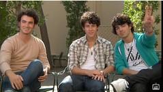 Kevin Nick and Joe Jonas (Who I Am Is A Beautiful Rose Garden) Tags: brothers myspace feed jonas