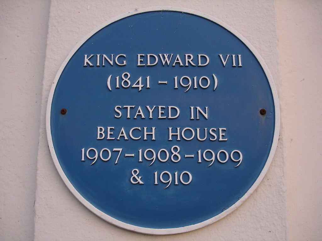 Photo of Edward VII blue plaque