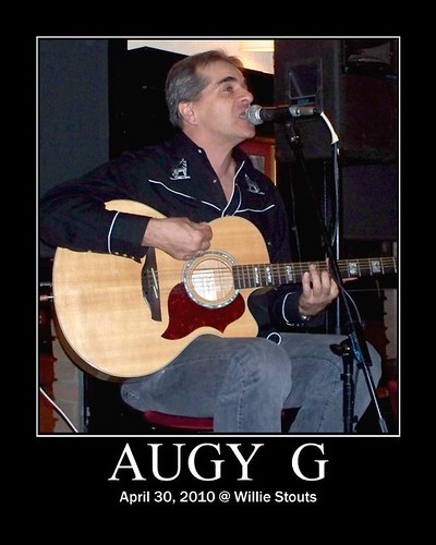 Augy G @ Willie Stouts