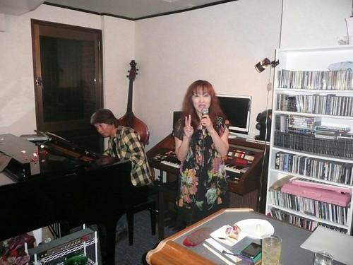 小野ハンナさんとアムール赤木さん