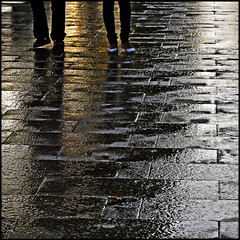 il est cinq heures , Paris s'veille (fifich@t / Franise / off) Tags: paris france reflection wet silhouette pavement earlymorning streetphotography reflets minimalist champselyses contrejour lr wetpavement goldenlight 500x500 squarepicture formatcarr colorphotoaward flickraward squarephotography platiniumheartaward nikond300 winner500 nikonflickraward platiniumpeaceaward daarkland magicunicornverybest magicunicorntheverybest magicunicornmasterpiece reflectionslover magicunicornmasterpieces featuredfrontpagewinners artistoftheyearlevel4 asquaresuperstarstemple fifichat1 frs fificht frs