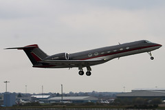 G-CGUL - 5176 - Gama Aviation - Gulfstream G550 - Luton - 100412 - Steven Gray - IMG_9825