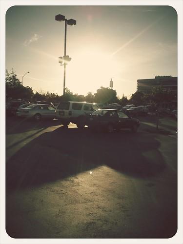 カリフォルニアの夜7時過ぎはまだ結構明るい。