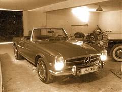 Mercedes-Benz 280 SL - 1968 from Qater (q8500e) Tags: hot mercedes benz cool first babe sl mercedesbenz 1958 1968 1886 190 qatar 68 280 58 slclass 280sl 190sl motorwagen karlbenz q8500e slklass