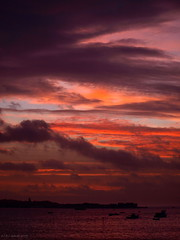 Maroon (ExeDave) Tags: uk morning winter england sky sunrise river landscape boats dawn maroon january estuary coastal devon gb 2009 waterscape exe starcross blueribbonwinner slightcrop exeestuary teignbridge abigfave platinumphoto moreorlessastaken