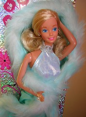 BACK TO THE 80'S - MAGIC MOVES BARBIE (rod_collection_2) Tags: