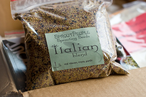 Raw Food: organic sprouting italian blend