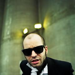 (Benoit.P) Tags: man color montréal mtl portait conceptual mauricie homme cravate troisrivières veston benoitp